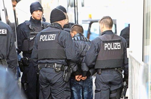 Flüchtlinge Kriminelle