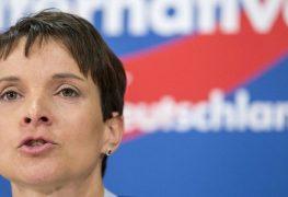 فراوكه بيتري رئيسة حزب البديل لأجل ألمانيا