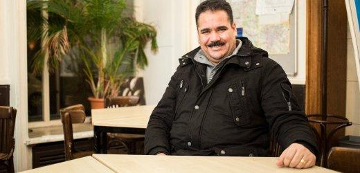 صالح، 43 عاماً من العراق. يتواجد في ألمانيا منذ مايو 2015 ويعيش في هامبورغ