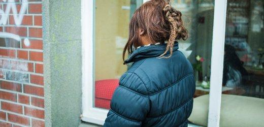 ألبرتا، عمرها 35 سنة من غانا. تتواجد في ألمانيا منذ 2001 وتعيش في هامبورغ