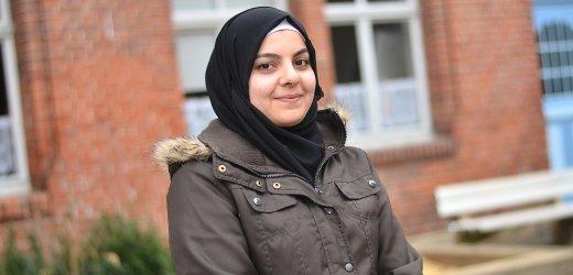 ساره، 24 سنة من سوريا. جاءت إلى ألمانيا في خريف 2015 وتعيش في إرفورت