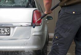 Autowaschen und Polieren 2