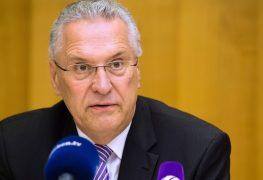 وزير داخلية ولاية بافاريا الألمانية يواخيم هيرمان