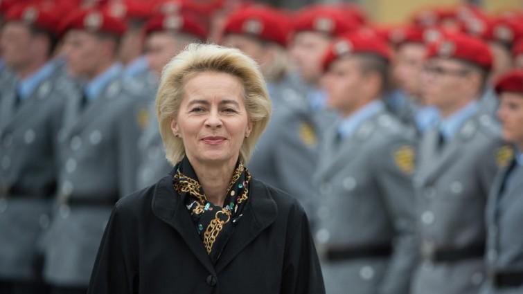 وزيرة الدفاع الألمانية أورزولا فون دير لاين - أرشيف