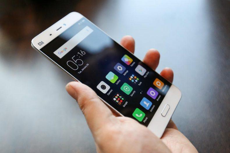 Smartphone nicht ständig an die Steckdose hängen