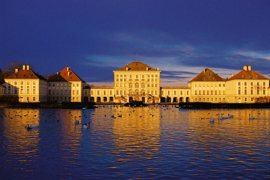 Muenchen_Schloss_Nymphenburg__2562_RET